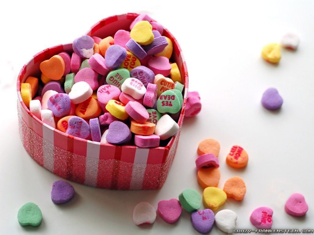 colorful-hearts-basket-valentines-day-gifts-wallpapers-1024x768
